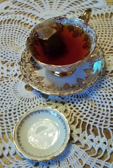 20170119_120809-tea-in-cup-9