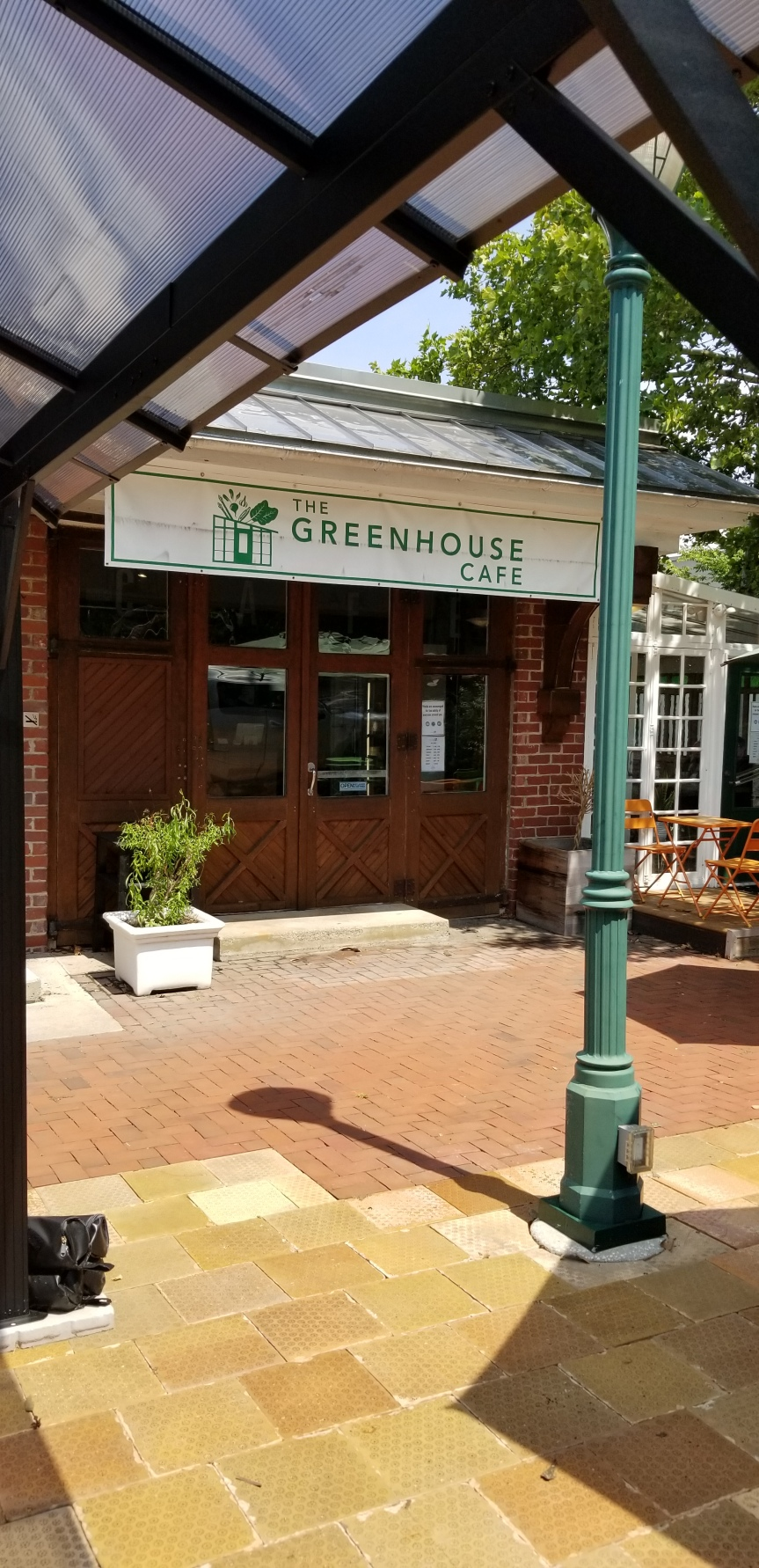 The Greenhouse Cafe, 18 State Hill Rd. Wyomissing, PA 19610, Phone:(484)509-2121